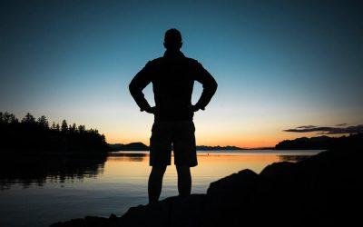 Se sentir mieux en adoptant une posture ouverte et confiante