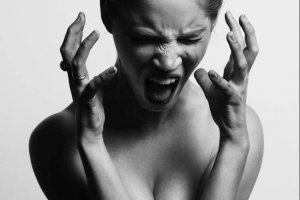 La colère nous donne de l'énergie pour défendre nos intérêts.