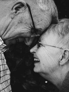 La joie est une émotion contagieuse.